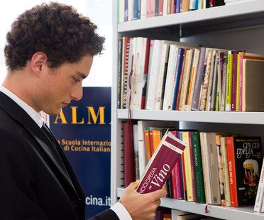 Recommended reading from Marino Marini, librarian at Alma