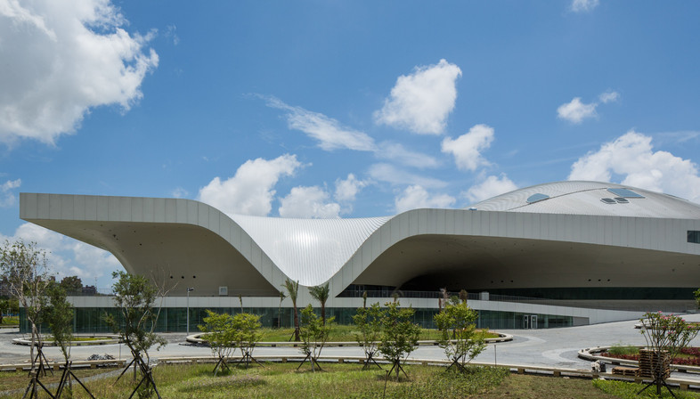 A city covered with metal: Arts Centre in Kahosiung, Taiwan