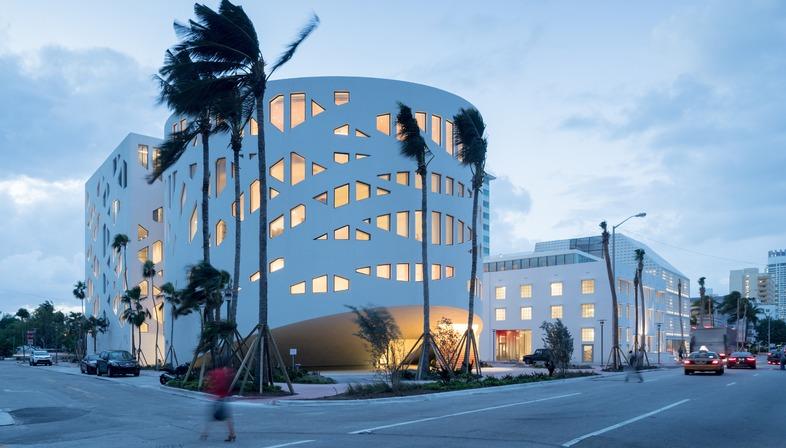 A façade of catenary curves for OMA's Faena Forum