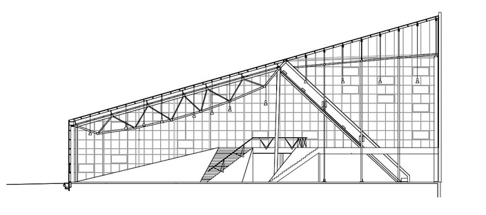 Sports centre with polycarbonate roof, by Dorte Mandrup