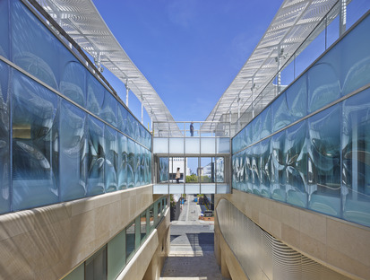 Belzberg Architects' new slumped glass façade for the Gores Group HQ in California