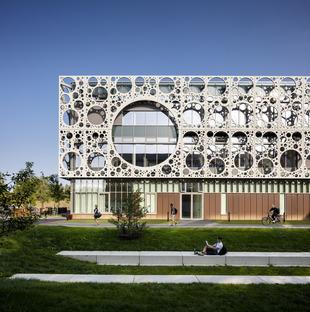 The CRC façade of C.F. Moller & MOE's SDU Technical Faculty