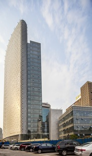 Air China Tower with aluminium cladding by AREP and IPPR