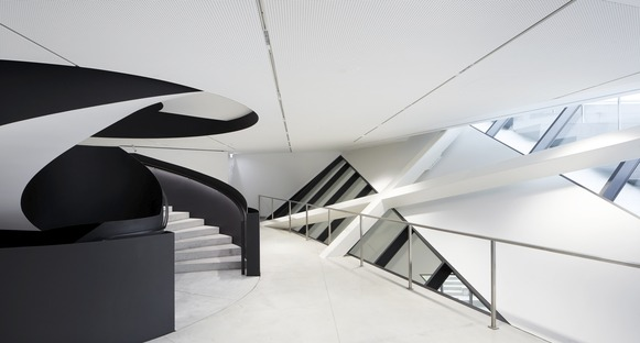 Concrete and stucco in Libeskind's MO Museum