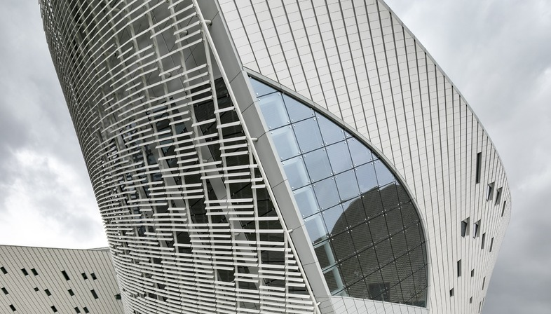 PES ARK's Fuzhou Strait Culture and Arts Centre made of high-tech ceramic