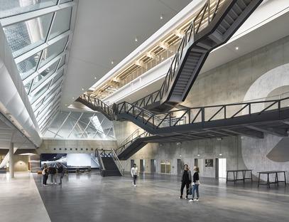 Vierendeel trusses in Behnisch Architekten's Adidas Arena.