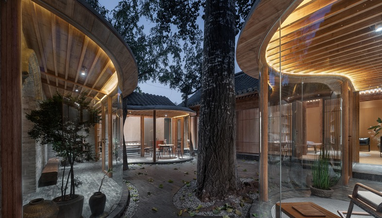 Renovated timber, brick and laminated bamboo home in Beijing