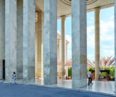 h2o architects' philological renovation of MAM