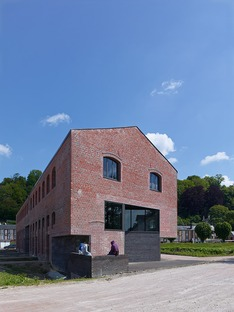 La Cartonnerie: reclamation of a brick paper mill by h2o architectes