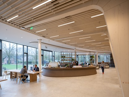 A dismantlable timber structure for Rau Architects' Triodos Bank