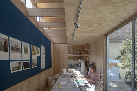 Waterloo City Farm, a Feilden Fowles project made of timber and sheet metal