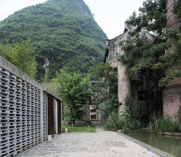 Alila Yangshou Hotel, Guangxi, China. Vector Architects. Photo of Su Shengliang.