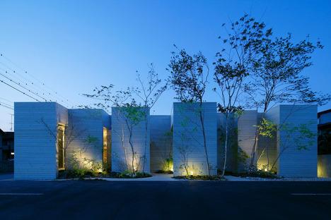 Dental Loop Clinic, Keisuke Maeda of UID Architects.